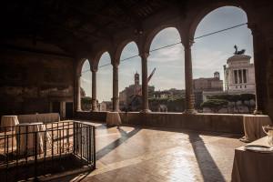 La splendida terrazza della Casa dei Cavalieri di Rodi